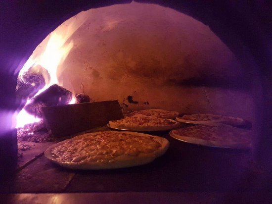 The Tuscan Fox: Some of our pizzas and visitors