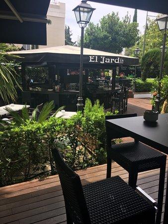 El jardin nueva andalucia avenida del prado aloha gdns restaurant reviews phone number - El jardin del sol ...