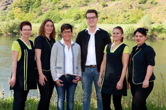 Wintrich, เยอรมนี: Ihr Hotel Weinhaus Simon Team