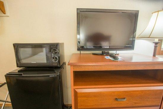 Green Gables Inn: Fridge/Microwave ONLY in Deluxe Rooms