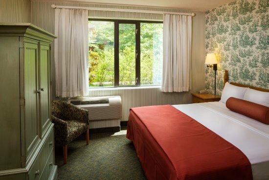 Woodlands hotel suites colonial williamsburg 89 - 2 bedroom hotel suites in williamsburg va ...