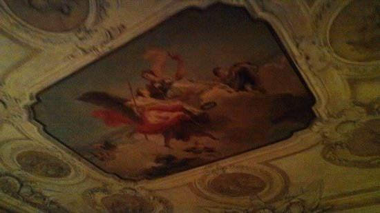Musica A Palazzo: ceilings Inside Palazzo