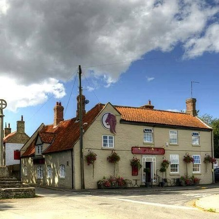 Digby, UK: The Red Lion is a popular village pub, which serves good honest home cooked meals.