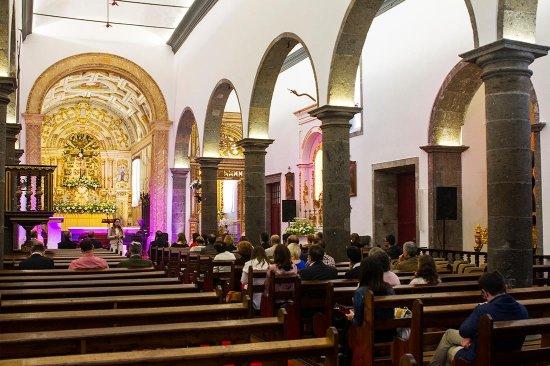 Lagoa, Portugal: Igreja - Momento da Inauguração