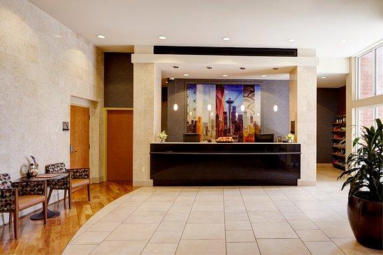 Hyatt House Seattle/Bellevue: Lobby