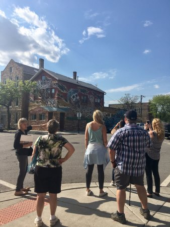 Walk Chicago Tours: One tour group viewing Hector Duarte's house