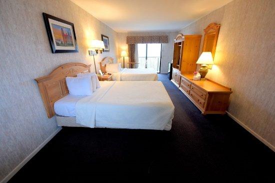 Interior - Picture of Days Inn by Wyndham Mackinaw City - Lakeview, Mackinaw City - Tripadvisor