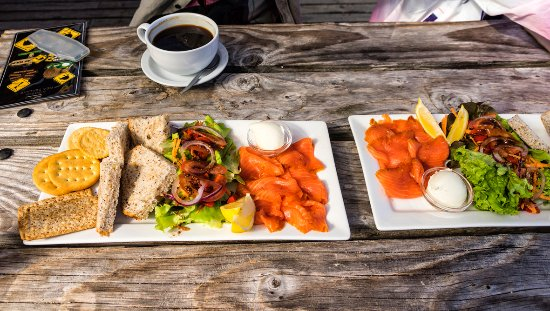 Paringa Salmon Farm Cafe: Salmon lunch at Paringa Salmon Fram