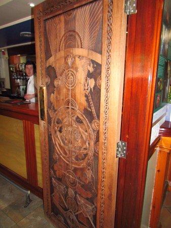 Strangford, UK: Door of thrones #1