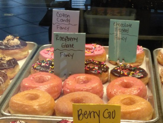 Mojo Donuts: Delicious donuts!!