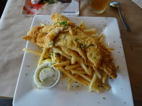 Wolfeboro, NH: fish and chips