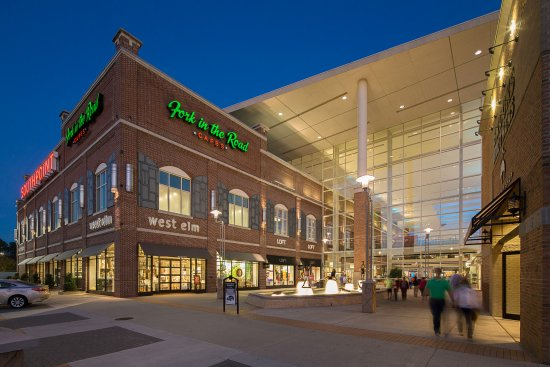 Durham, NC: The Streets At Southpoint Shopping And Dining Destination