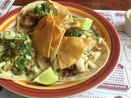 Valatie, Нью-Йорк: fish tacos