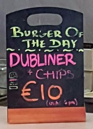 Bobos Burgers Restaurant: Sign with the burger of the day