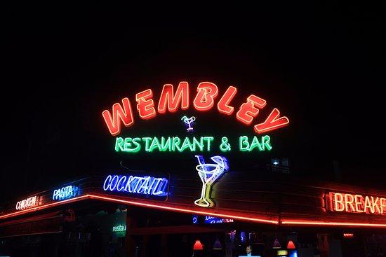 Wembley Restaurant & Bar: Wembley bar 46