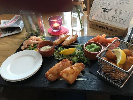 Meriden, UK: Fish platter