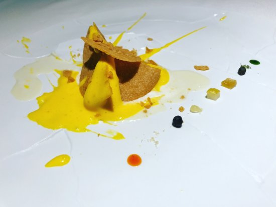 how to get a reservation at osteria francescana