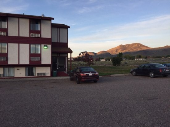 Challis Lodge and Lounge: Beautiful spot for a sunrise