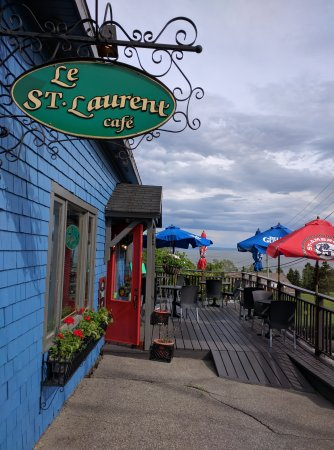 Saguenay–Lac-Saint-Jean Region, Canada : Le St. Laurent Cafe