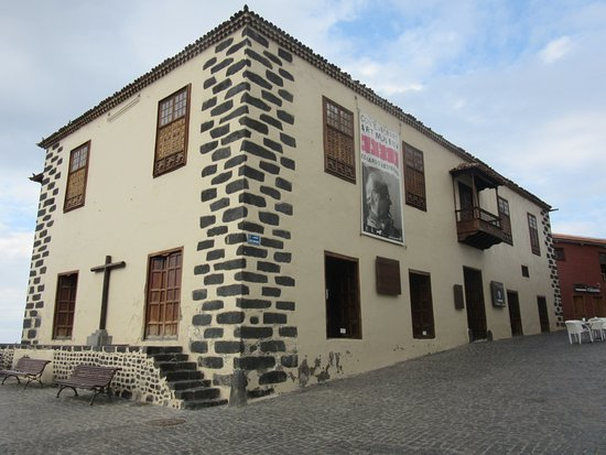 Oficina de turismo de puerto de la cruz spanien for Oficina de turismo de tenerife
