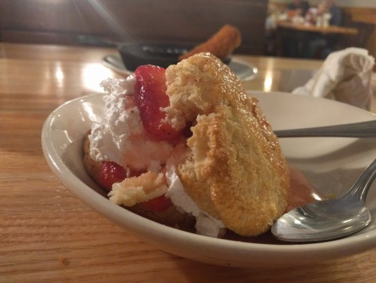 Clovis, NM: Biscuit strawberry shortcake