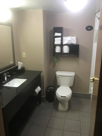 Hampton Inn Dublin Photo