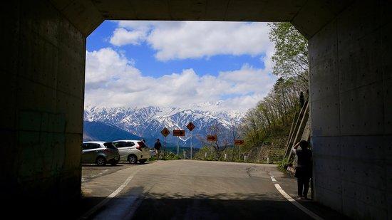 白馬村, 長野県, 白沢同門からのぞく白馬岳