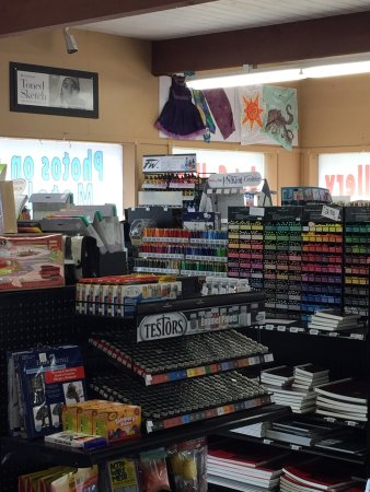 Brookings, OR: Wrights Art and Framing