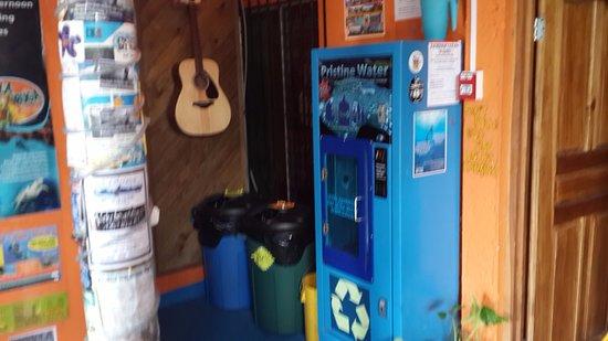 Hosteluego : Purified Water Machine