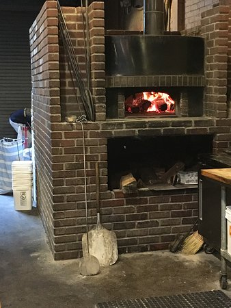 Enrico Biscotti Co : Wood fired oven