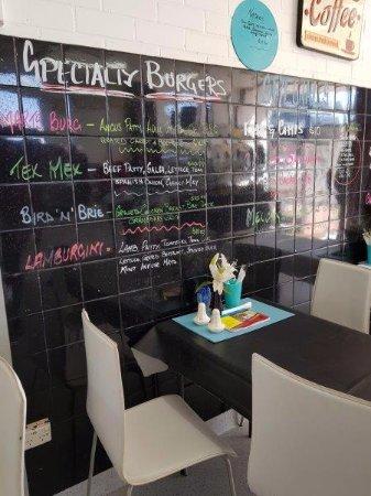 Mart's Cafe Nyngan