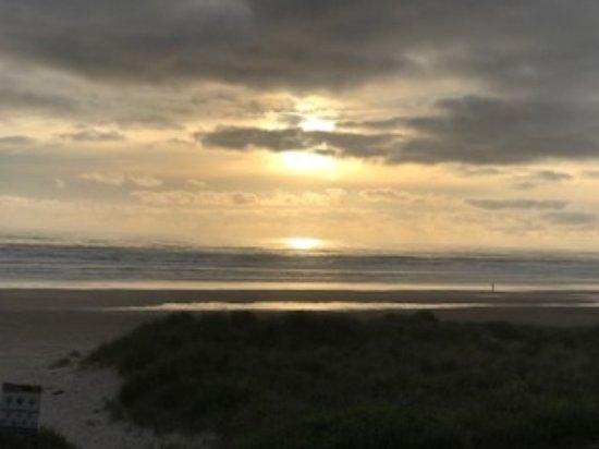 Sunset Surf Motel: First sunset
