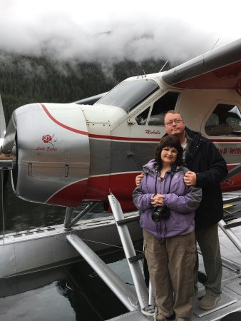 Island Wings Air Service: Fantastic plane and Michelle was amazing! Wonderful tour!!