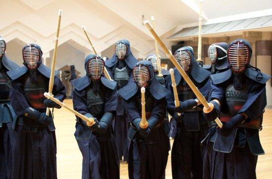 東京の剣道を通して2時間の本物のサムライ体験