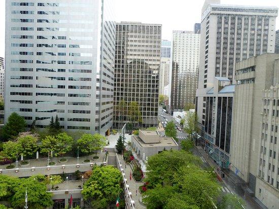 Sheraton Seattle Hotel: 窗外的高樓