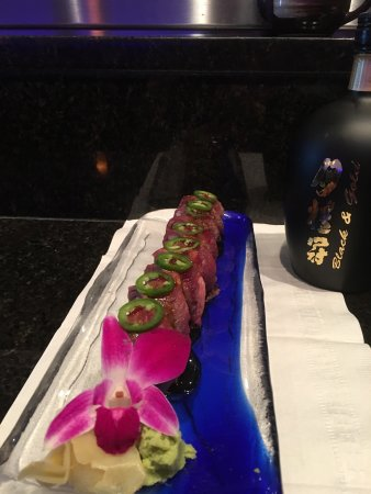 Exton, PA: Two new special roll and sashimi regular