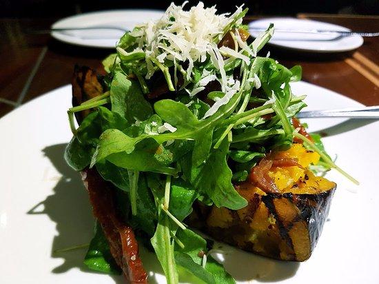 La Risata - Damansara: Roasted pumpkin with rocket salad