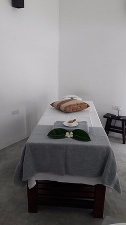 Buckingham Place: Massage Room
