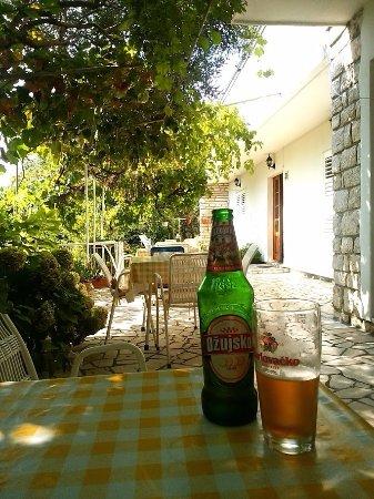 Banjol, Croacia: ウエルカムドリンク
