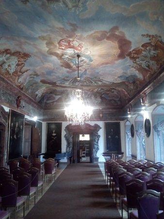 Manetin Castle