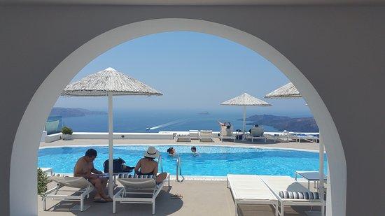 Lilium Villas Santorini: 20170605_134622_large.jpg