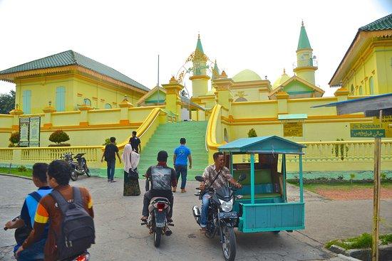 Tanjung Pinang, Indonesia: Masjid Sultan Riau - Pulau Penyengat