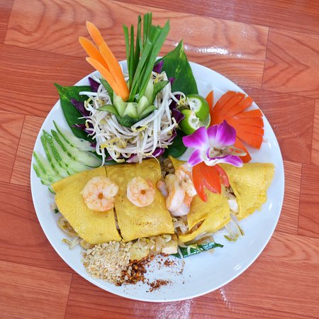 Bophut, Tailandia: Pad Thai at InFusion Cooking Classes Koh Samui