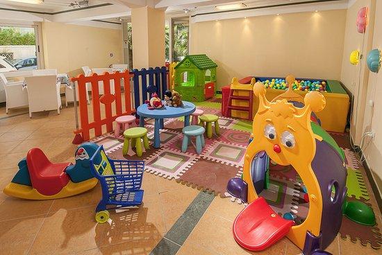 Sala Giochi Per Bambini : Sala giochi per bambini foto di hotel la rosa cattolica