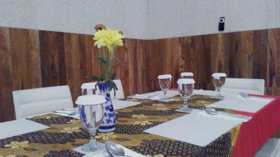 Meja kursi layanan buat acara