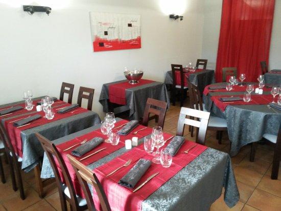 Sainte-Hermine, França: 2eme salle