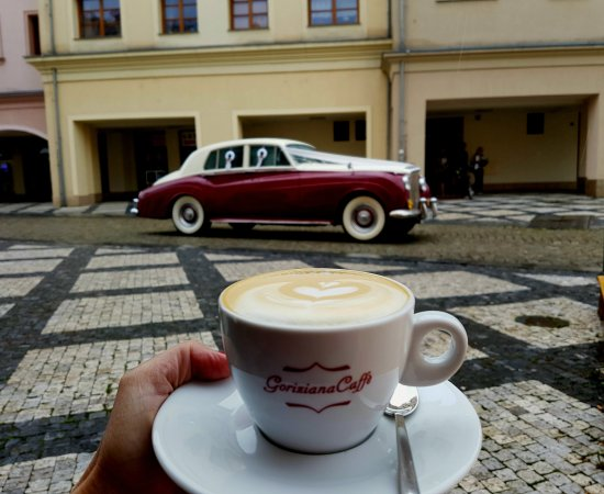 Krnov, Чехия: Male Kafe v sobotu...Male Kafe savato...👍😉☝️