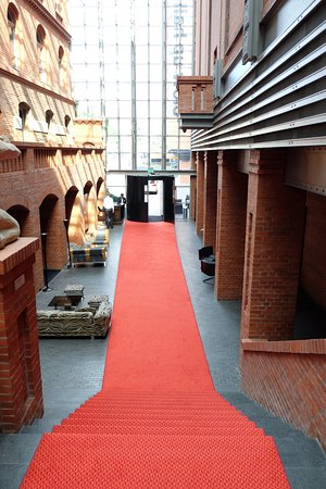 Blow Up Hall 5050: The red carpet in the Blow Up Hall's breathtaking lobby space.