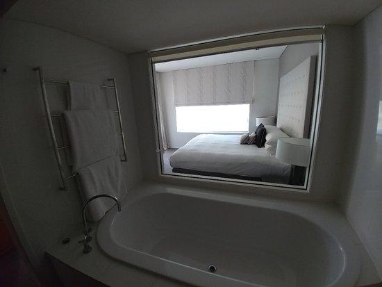 Rothbury, Australia: Bathroom is simple and cleam