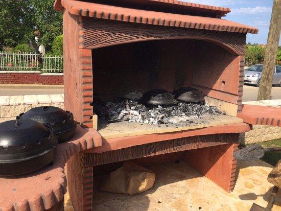 Konoba Istriana : tak przygotowuje się ziemniaki z ośmiornicą